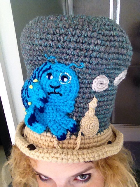 Mad Hatter Crochet Challenge - Absolem (1/4)